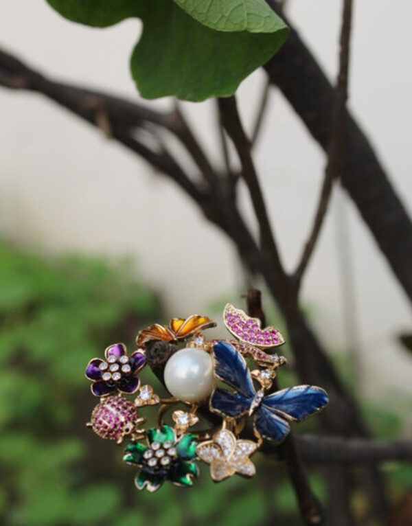 Unique-Butterfly-ring,-Nature-inspired-ring-in-Multicolor-for-nature-lovers.2